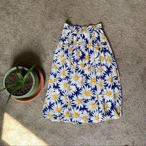 Daisy pleated maxi skirt